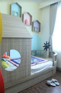 Interior Kamar Anak Pine Tree Apartment